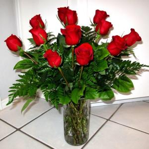 1 Dozen Long-Stemmed Red Roses
