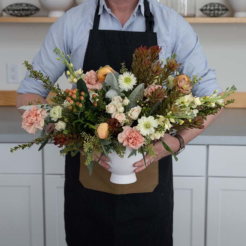 Floral-Underground-Traverse-City-Michigan-Send-Flowers-Boquet-Arrangement-A-Gesture