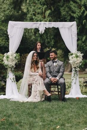 Flora-Nova-Design-Seattle-Romantic-Delille-Wedding-15