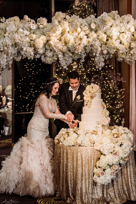 glamorous wedding cake at Four Seasons Seattle