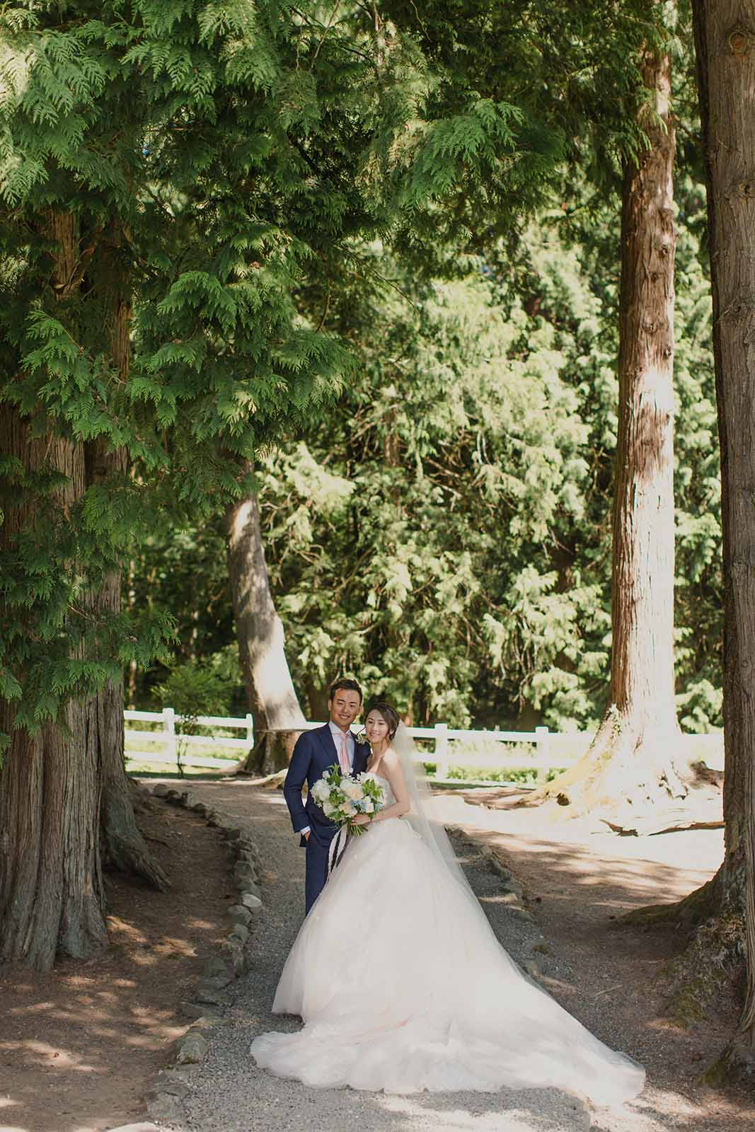 A cream and blue wedding under the trees at Chateau Lill.