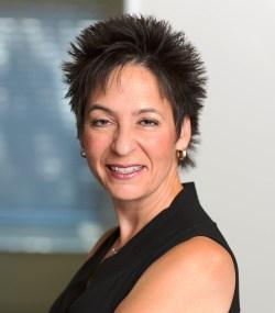 Linda Ippolito Canadian pianist attorney