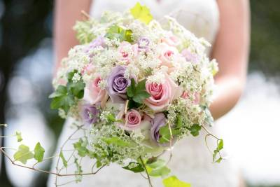 RAMOS-DE-NOVIA-beautiful-blooming-blurred-background-1711249_copy