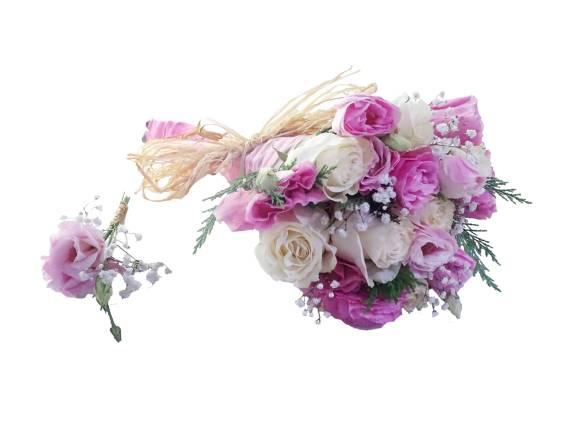 ramo de novia blanco con rosado y solapera para novios