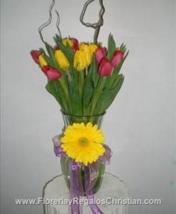 Florero de tulipan y gerberas - F32