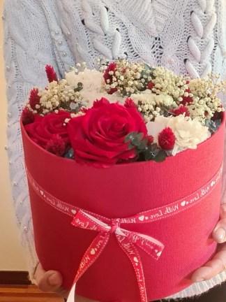 sombrerera flores preservadas