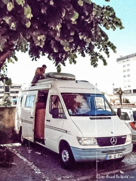 Buying a camper van: check mechanics with a professional