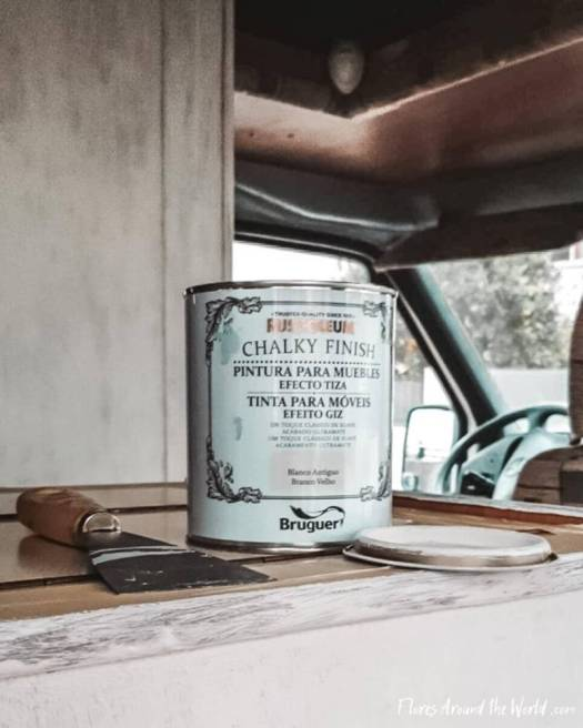 Campervan renovation: chalky paint for furniture