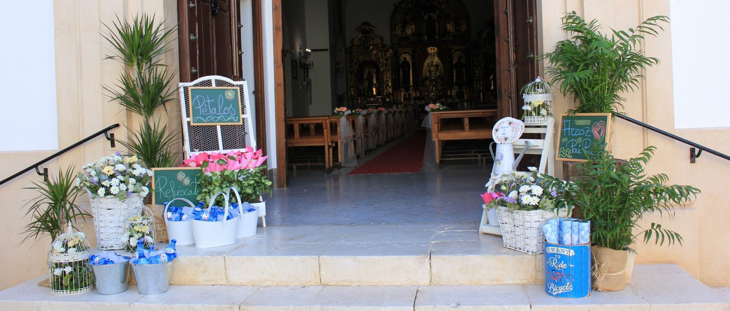 Decoracion ceremonia religiosa flores del patio