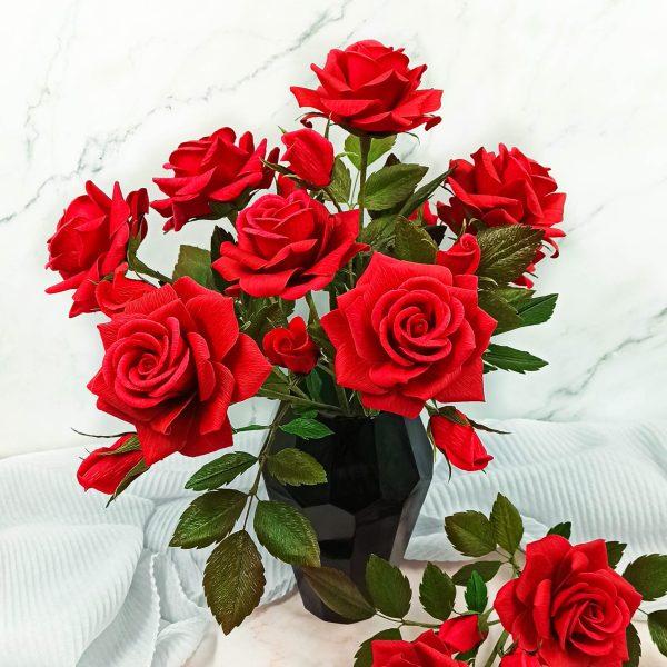 ramo rosas de papel crepé, flores de papel realistas, ramo 6 rosas rojas, flores para siempre