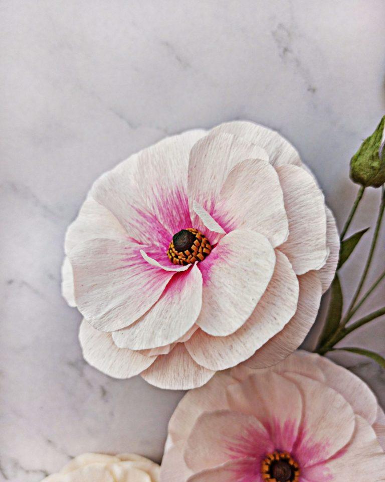 ranúnculo butterfly de papel crepé rosa, flores para siempre, flores de papel crepe