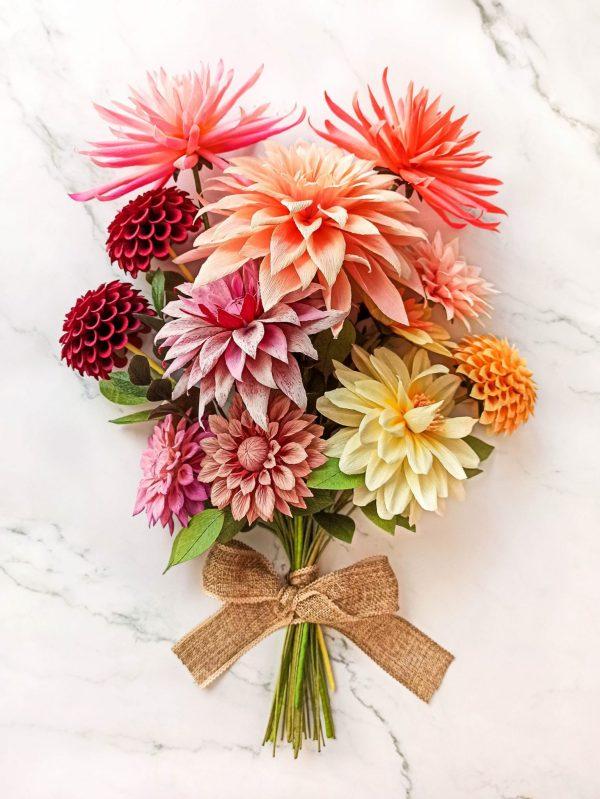 paper dahlias bouquet, flores para siempre, flores de papel crepe