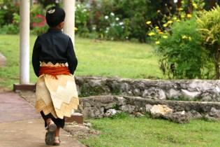 Sortie de messe à Neiafu