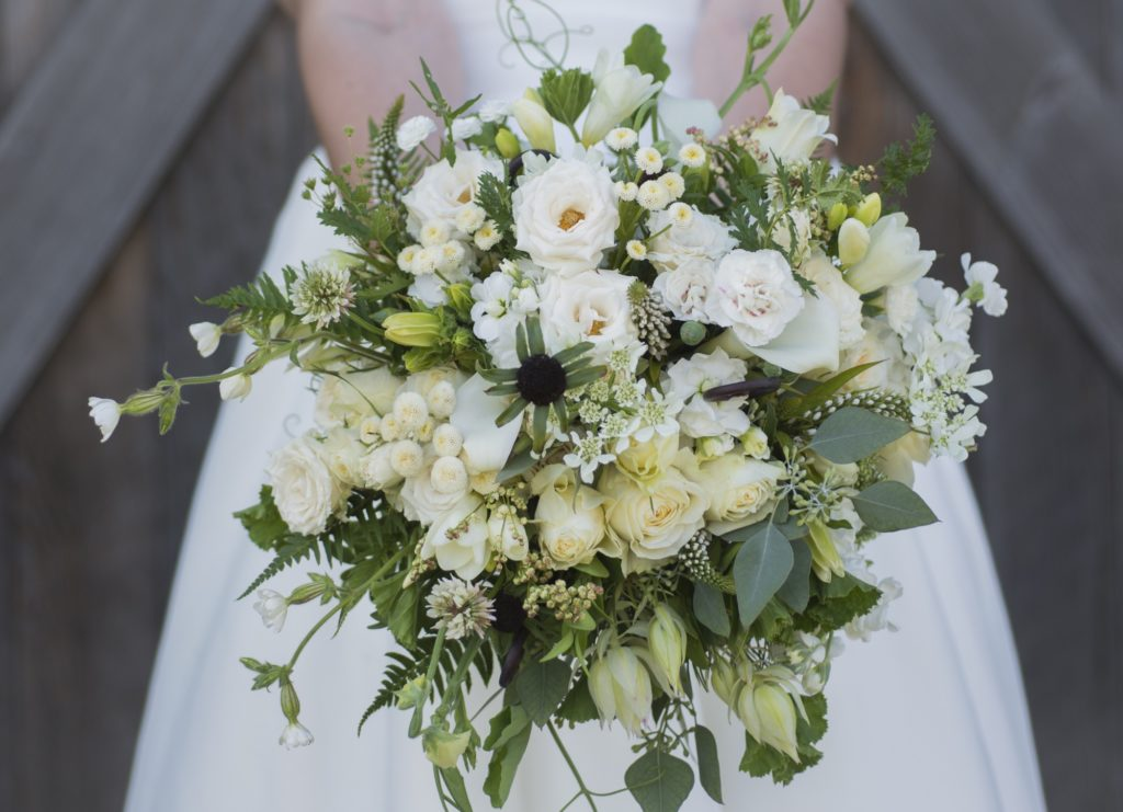 Giveaway: Fresh From The Field Wedding Flowers