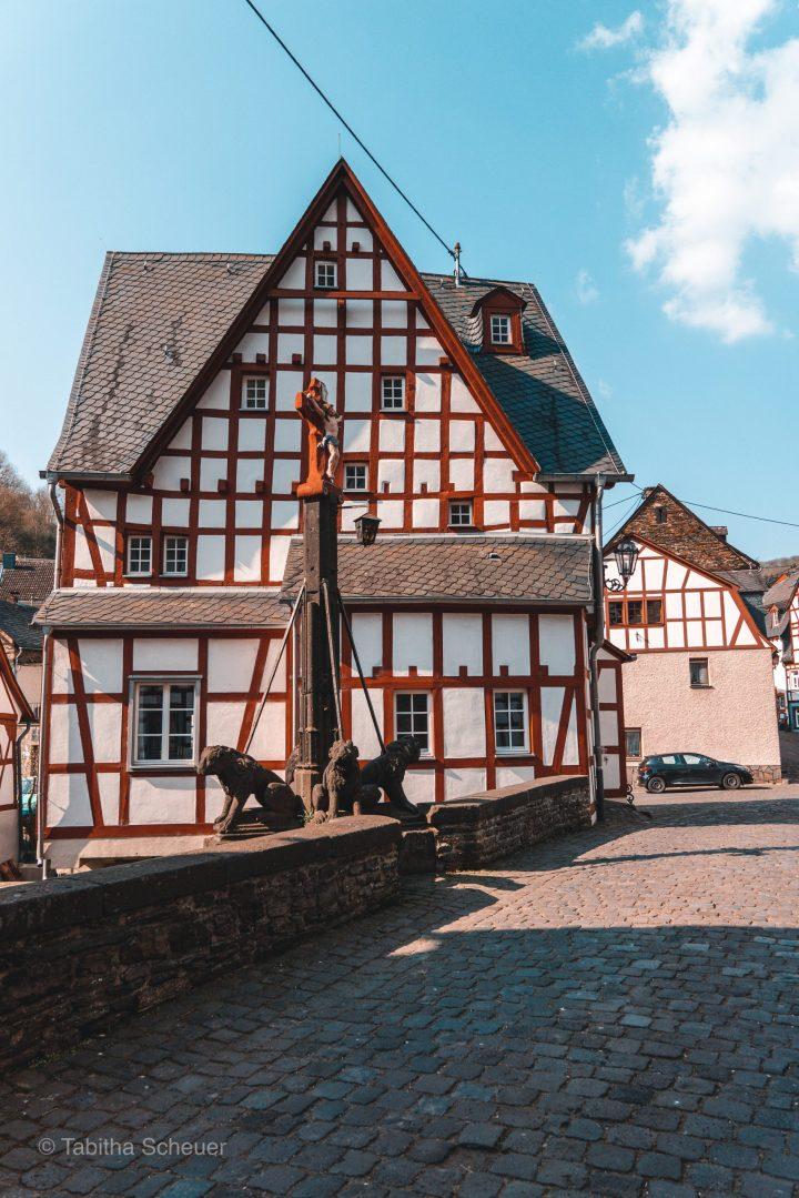 Beautiful Monreal   Monreal in der deutschen Eifel  Vulkaneifel  Eifel NRW