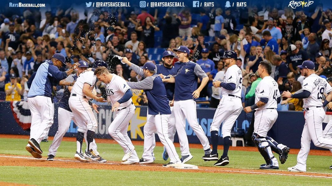 Tampa Bay Rays Top Jays in 11, Lawrence Allows Walking Run
