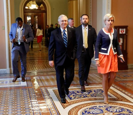 Republicans in No-Win Situation on Health Care Bill