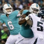 Jay Cutler Looked Sharp, Eagles beat Dolphins 38-31