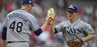 Lowe Homers, Drives in 3 as Rays Hold Off Indians 6-4