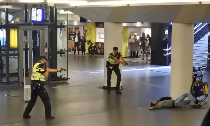 Two American Tourists Stabbed in Amsterdam