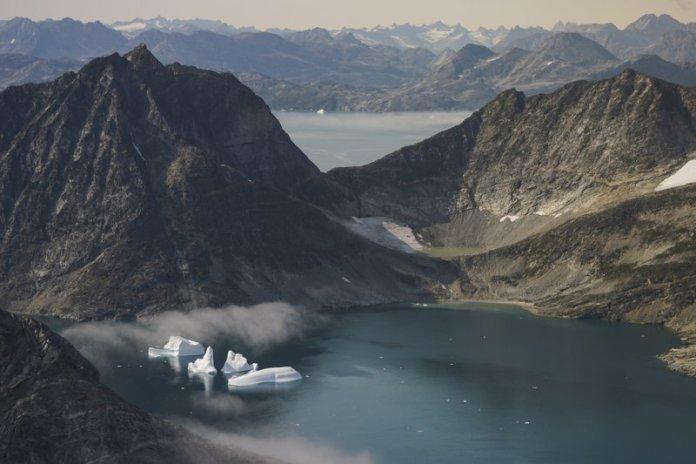 Climate Change Turns Arctic into Strategic, Economic Hotspot