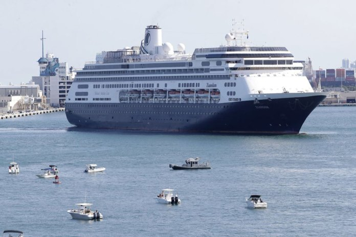 2 Cruise Ships with Coronavirus Patients Aboard Dock in Florida