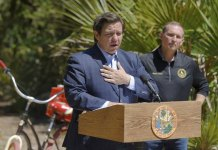 Florida to reopen state parks, Governor DeSantis bashes critics