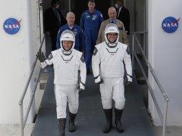 NASA astronauts Douglas Hurley and Robert Behnken