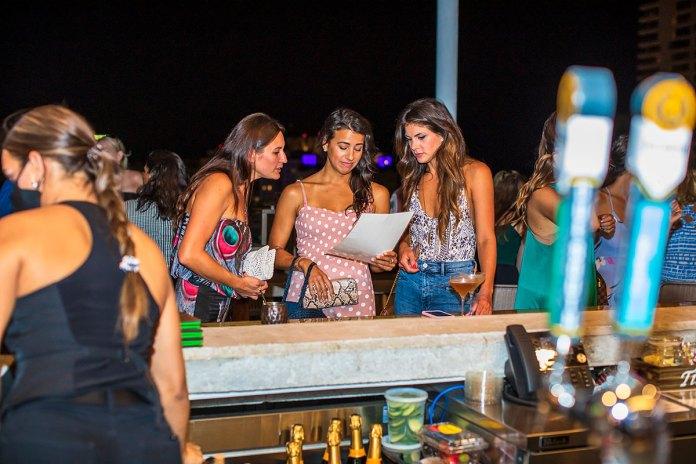 Florida bars allowed to reopen next week at 50% capacity