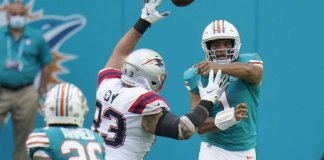 Dolphins eliminate Patriots from playoff race with 22-12 win