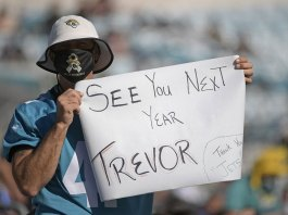 Jaguars seemingly win Lawrence with 41-17 home loss to Bears
