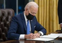 Florida sues to stop Biden's immigration directives