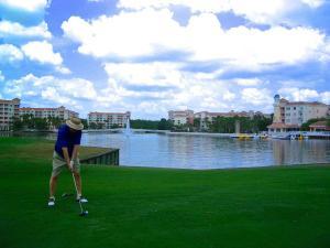 Marriott Grande Vista 9-Hole Golf Course