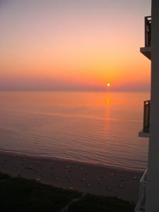Sunset at Marriott Oceana Palms