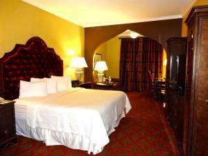 Casa Monica Premium Room