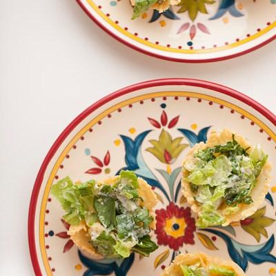 caesar salad baskets, caesar salad, entertaining, appetizer