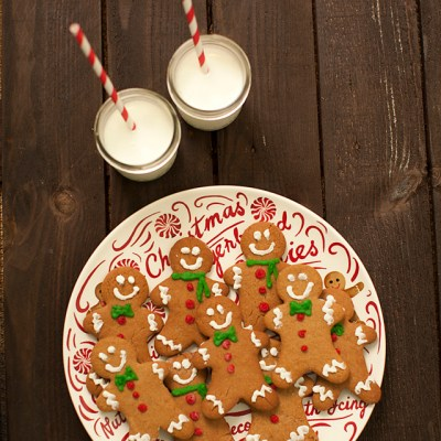 gingerbread cookies recipe, gingerbread cookies, gingerbread men, baking, holiday baking. Williams-Sonoma, sweet treats