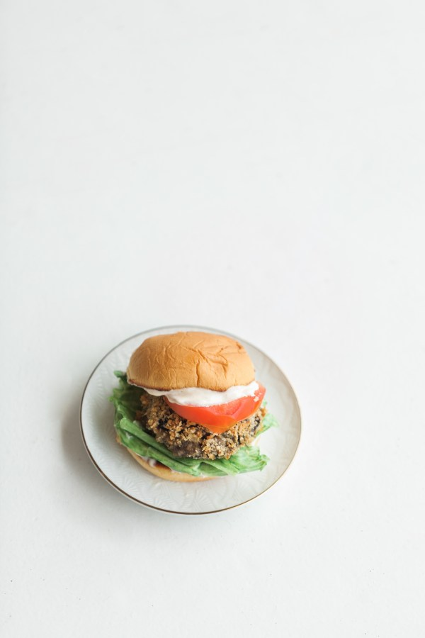 shake shack - shroom burger, shake shack, shroom burger, vegetarian burger, veggie burger, vegetarian cooking, summer cooking, florida girl cooks