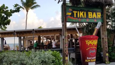 Holiday Isle Tiki Bar