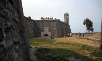Castillo de San Marcos walls
