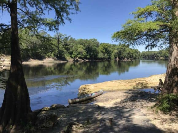 This section of the Suwanee was especially quiet and picturesque. Even on the Friday before Memorial Day weekend, we had the river to ourselves. (Photo: Bonnie Gross)