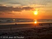 Autre lever du soleil sur la plage