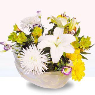 Ramo-de-flores-silvestres-en-blanco-y-amarillo-1