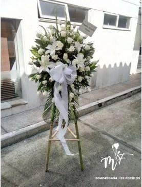 MUNDO DE FLORES Fúnebre F014