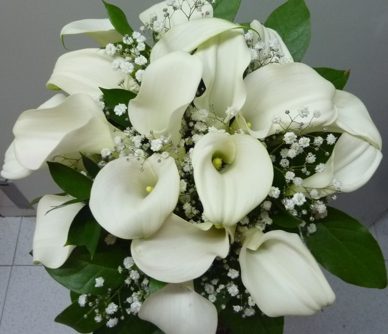 novia calas blancas