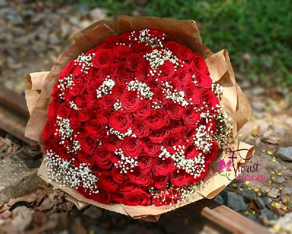99 red roses delivery Hanoi
