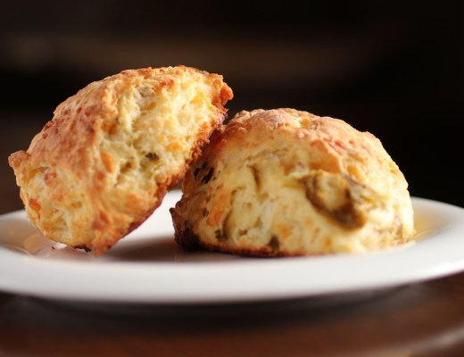 Green Chile Cheese Scones