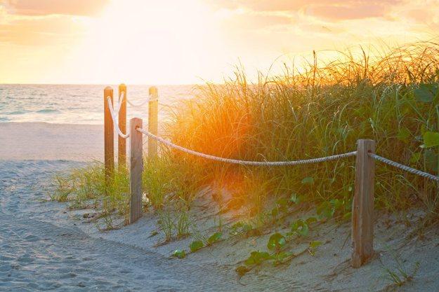 Beach scene with sun 5-31-2016
