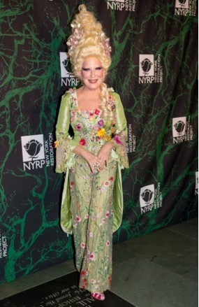 Bette Midler's New York Restoration Project 21st Annual Hulaween Charity Event Pics + More!