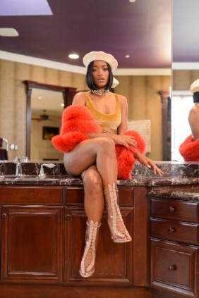 "Keke Palmer Looking Amazing in her ""Pre-Game"" Video & Fashion Photos – View Them Here!"